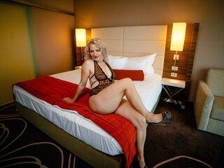 Naked online pussy AdynaMonroe