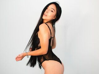 Jasmine shows show KimberlyAlvarez