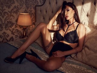 Show private online Metisha